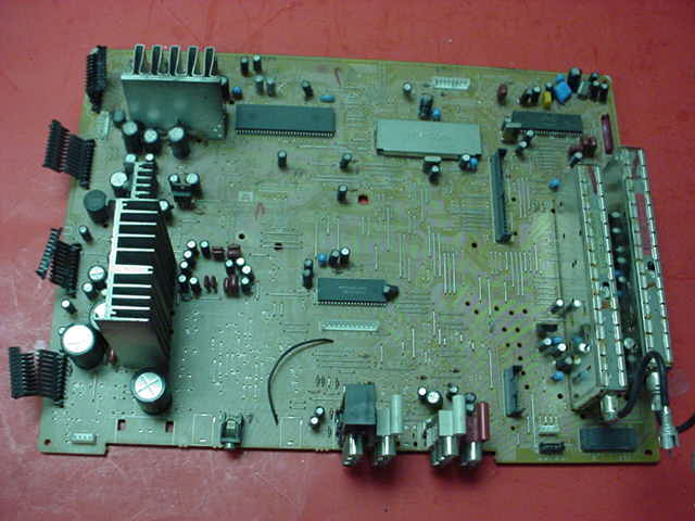 Sony KP-53S65 Video/Tuner Board PN: 1-663-543-15