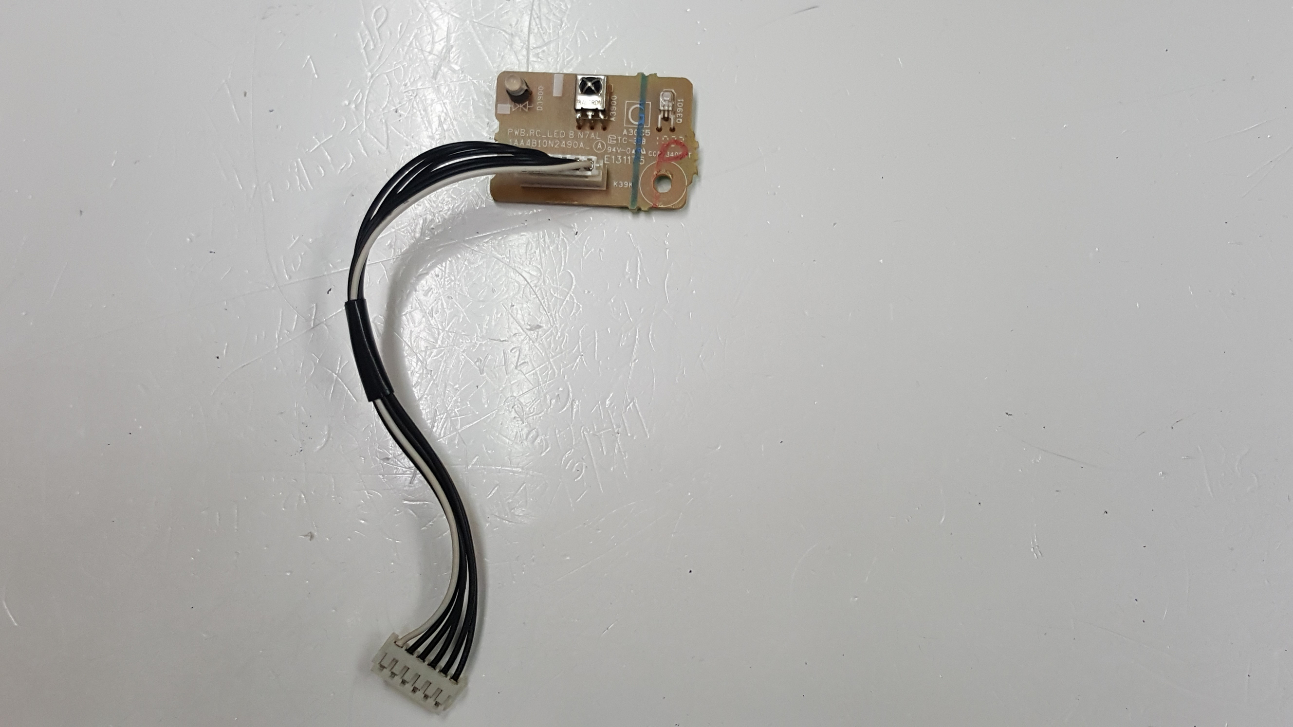 Sanyo DP42840 TV button and  IR board 1AA4B10N2490A